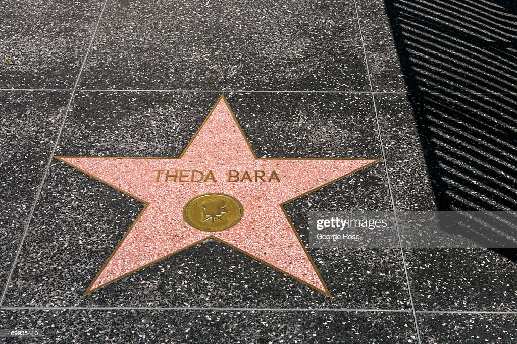 Exploring Hollywood's Top Landmarks : News Photo
