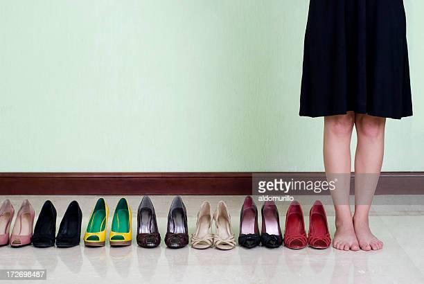 many shoes - sandaal stockfoto's en -beelden