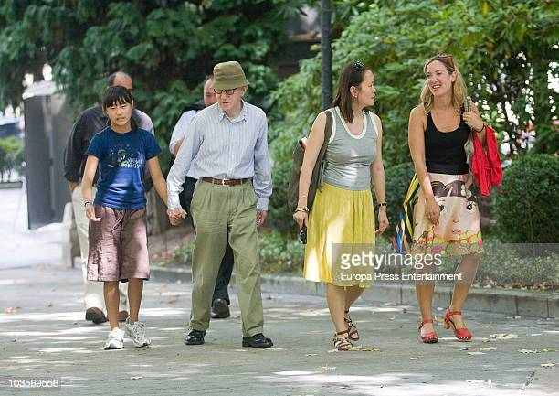 Manzie Tio Woody Allen and SoonYi Previn go for a walk on August 24 2010 in Oviedo Spain