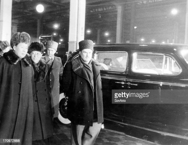 Mao tse tung visits the assembly shop of the 'zis110' passengers cars of stalin automobile plant in moscow feb the person on the extreme right is...