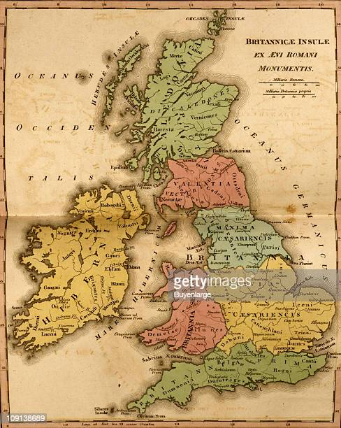 A map entitled 'Britannicae Isnule' shows the ancient Britain Isles