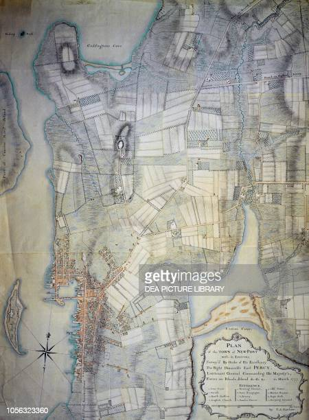 Map of Newport fortified harbour United States of America coloured engraving American Revolutionary War 18th century