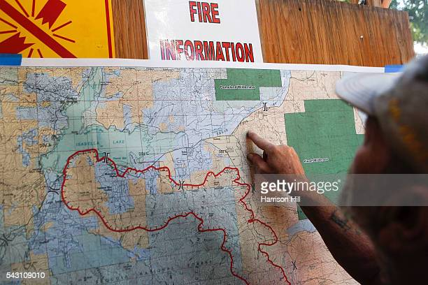 A map of the Erskine Fire and its damage was displayed at the evacuation center during a briefing that fire teams had Kernville residents