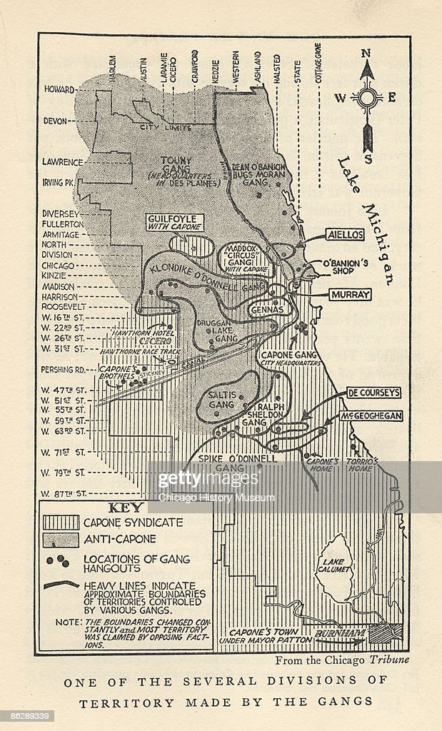 A map that outlines Chicago's gang territories, charts Al Capone's Chicago Outline Map on