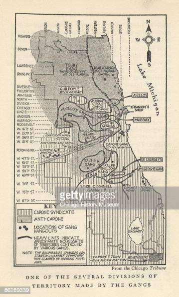 A map that outlines Chicago\'s gang territories, charts Al Capone\'s ...
