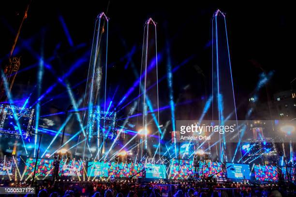 3D mapping show is displayed on the Obelisco during the opening ceremony of the Buenos Aires 2018 Youth Olympic Games on October 06 2018 in Buenos...