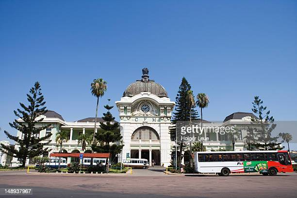 maputo railway station, with architecture by gustave eiffel. - maputo city stock pictures, royalty-free photos & images