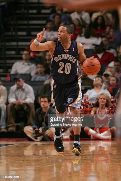 Mar 10 2007 Charlotte NC USA Memphis Grizzlies DAMON STOUDAMIRE against Charlotte Bobcats at the Charlotte Bobcats Arena in Charlotte NC The...