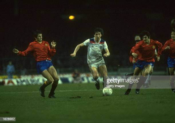 Paul Mariner of England breaks through the Spanish defence during the match at Wembley Stadium in London Spain won the match 21 Mandatory Credit...