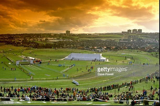 General view of the IAAF World Cross Country Championships in Gateshead England Mandatory Credit Steve Powell/Allsport