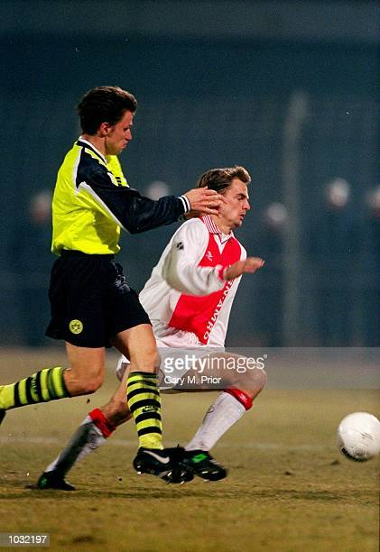 Ronald de Boer of Ajax in action during the UEFA Champions League match against Borussia Dortmund in Amsterdam Holland Mandatory Credit Gary M...