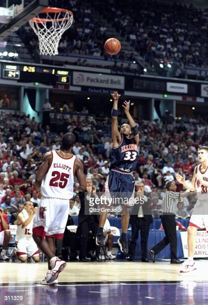 Guard Kevin Turner of the Illinois Fighting Illini in action during a game against the Maryland Terrapins in the second round of the NCAA Tournament...