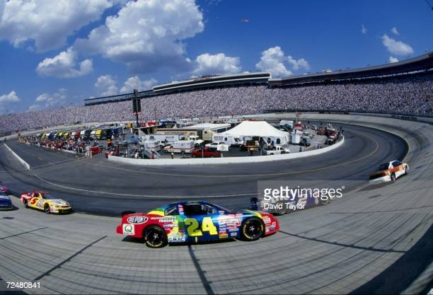 Jeff Gordon in action during the NASCAR Food City 500 at the Bristol Motor Speedway in Bristol, Tennessee. Mandatory Credit: David Taylor/Allsport...