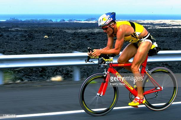 Thomas Hellriegel of Germany in action during the 1998 Ironman Triathlon in Kailua Kona, Hawaii. USA. \ Mandatory Credit: Harry How /Allsport