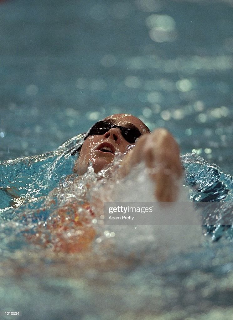 Giaan Rooney of Australia on her way to winning the Womens 100m Backstroke at the 1999 Australian Open Championships and Pan Pacific Selection Trials from the Chandler Aquatic Centre, Brisbane, Australia. \ Mandatory Credit: Adam Pretty /Allsport