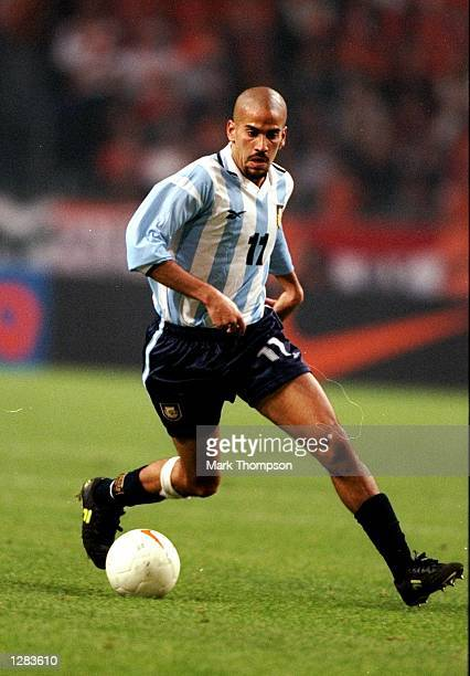 Juan Veron of Argentina on the ball against Holland in the International Friendly at the Amsterdam ArenA in Holland The game ended 11 Mandatory...
