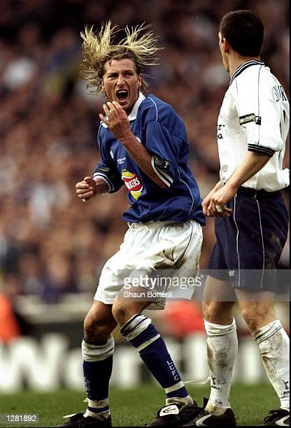 Justin Edinburgh of Spurs lashes out at Robbie Savage of Leicester during the Leicester City v Tottenham Hotspur match in the 1999 Worthington Cup...
