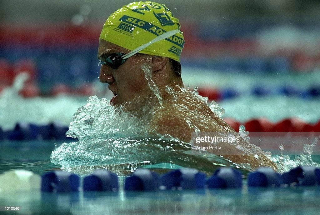 Simon Cowley of Australia in action during Mens 200m Breastroke at the 1999 Australian Open Championships and Pan Pacific Selection Trials from the Chandler Aquatic Centre, Brisbane, Australia. \ Mandatory Credit: Adam Pretty /Allsport