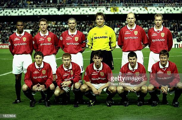 Manchester United Team before the UEFA Champions League game between Manchester United and Valencia at the Mestalla Stadium in Valencia Spain The...