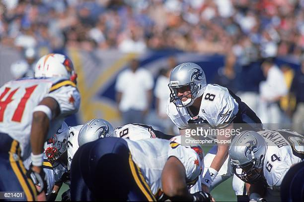Quarterback Tommy Maddox of the Los Angeles Xtreme calls the count during the game against the Orlando Rage at the Los Angeles Coliseum in Los...