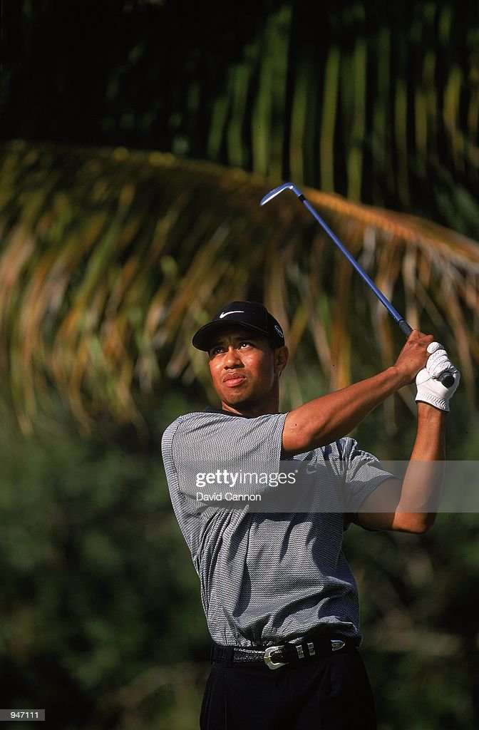 Tiger Woods of the USA in action during the Dubai Desert Classic at the Emirates GC in Dubai. \ Mandatory Credit: David Cannon /Allsport