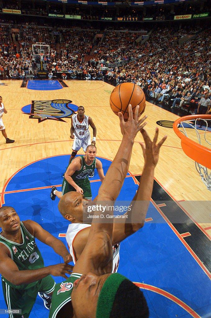 Derrick Coleman puts up a shot over Paul Pierce : News Photo