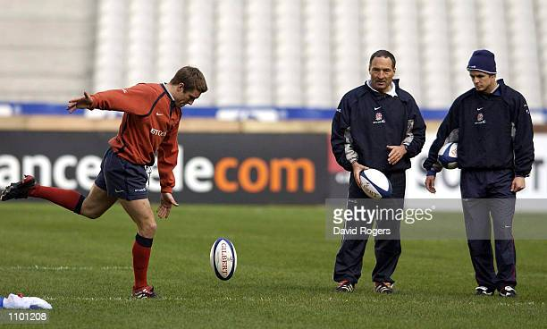 Jonny Wilkinson during England training ahead of the Six Nations match against France at the Stade de France Paris France DIGITAL IMAGE Mandatory...