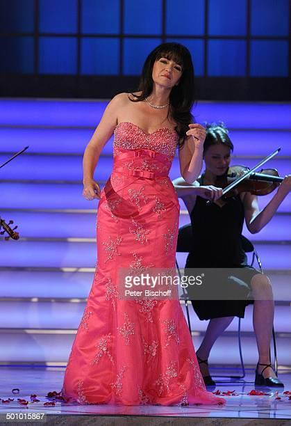 Mara Kayser ARDMusikshow vom MDR 'Herbstfest der Volksmusik' Chemnitz Sachsen Deutschland Europa 'Stadthalle' Bühne Auftritt singen Sängerin Promi JB...