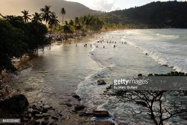 maracas beach, trinidad,  trinidad & tobago - paisajes de trinidad tobago fotografías e imágenes de stock