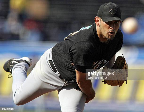 Pitcher Luis Arroyo from Gigantes de Carolina of Puerto Rico throws the ball in a game against the Tigres de Licey of Dominican Republic in the...