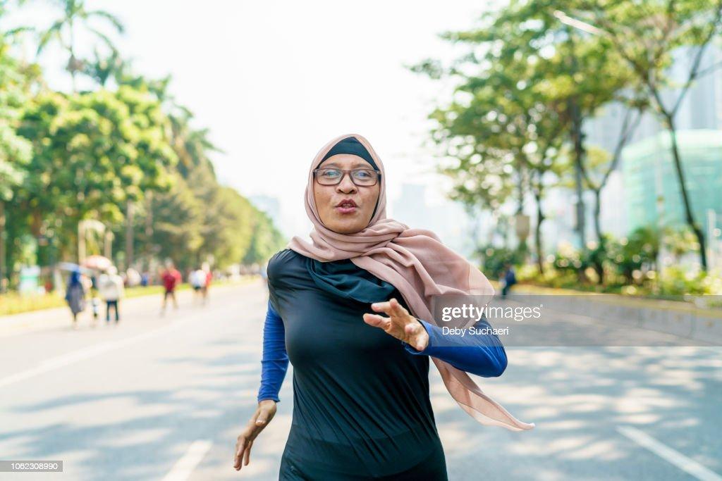 Marathon Runner and Cancer Survivor : Stock Photo