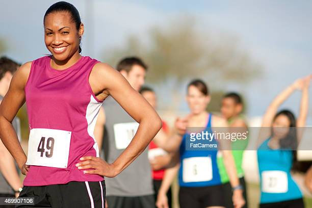 marathon runners - 5000 meter stock pictures, royalty-free photos & images