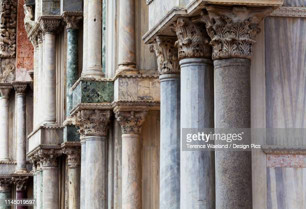 marble columns of st. mark's basilica - terence waeland stock pictures, royalty-free photos & images