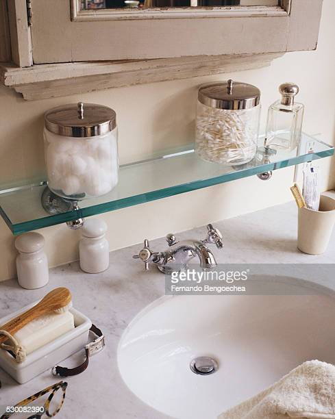marble countertop on bathroom vanity - medicine cabinet stock pictures, royalty-free photos & images