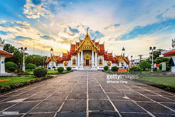 marble temple - wat benchamabophit stock photos and pictures