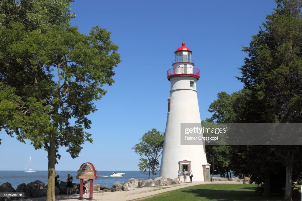 Marblehead Lighthouse (1821) on the shore of Lake Erie : Stock-Foto