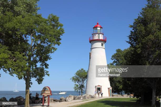 Marblehead Lighthouse (1821) on the shore of Lake Erie