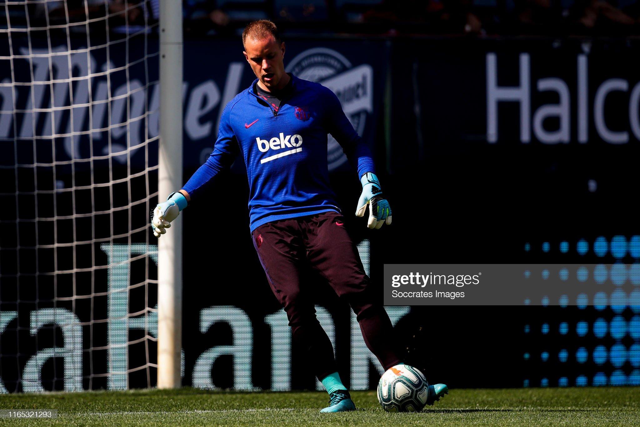 صور مباراة : أوساسونا - برشلونة 2-2 ( 31-08-2019 )  Marc-andre-ter-stegen-of-fc-barcelona-during-the-la-liga-santander-picture-id1165321293?s=2048x2048