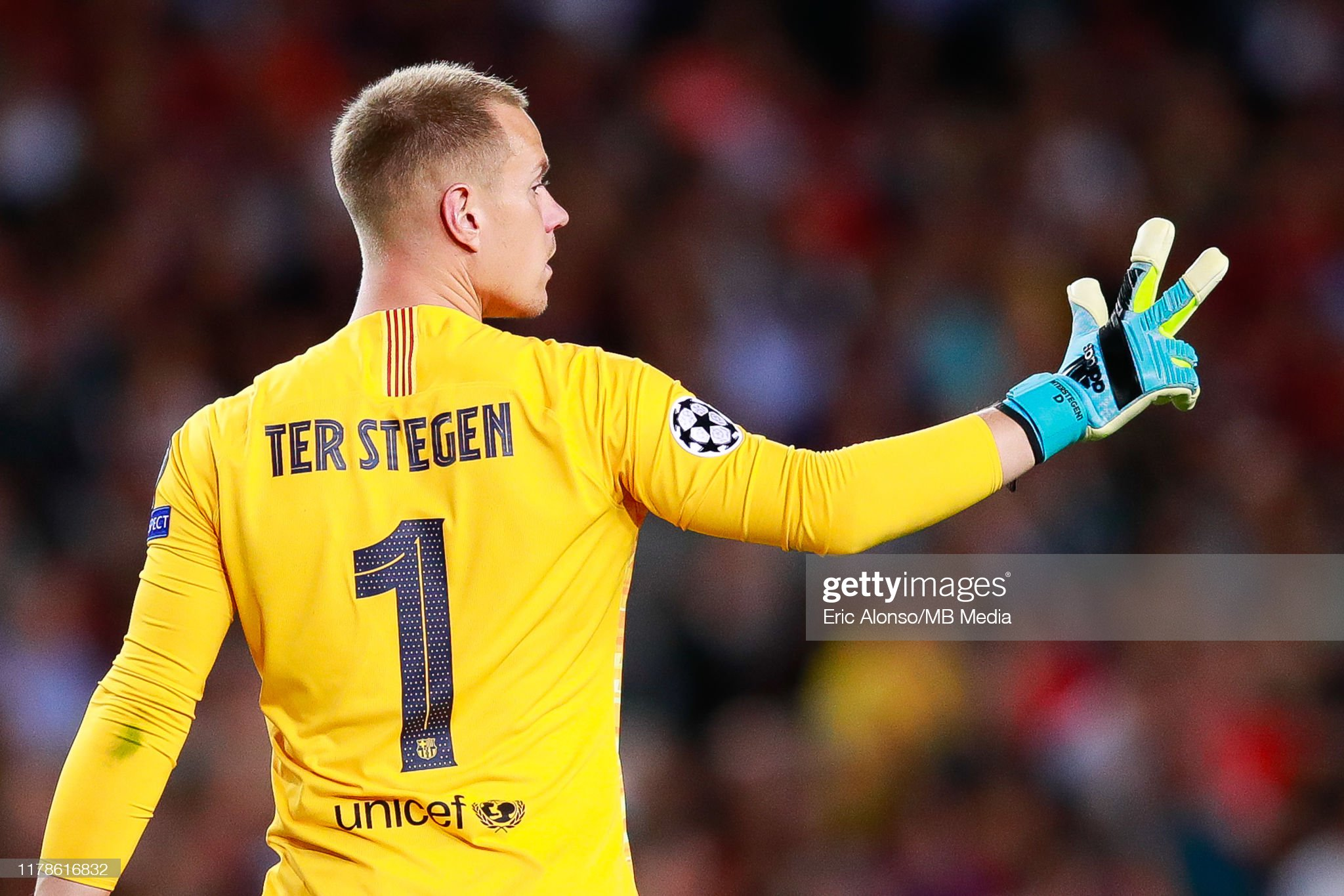 صور مباراة : برشلونة - إنتر 2-1 ( 02-10-2019 )  Marc-andre-ter-stegen-of-fc-barcelona-follows-the-action-during-the-picture-id1178616832?s=2048x2048
