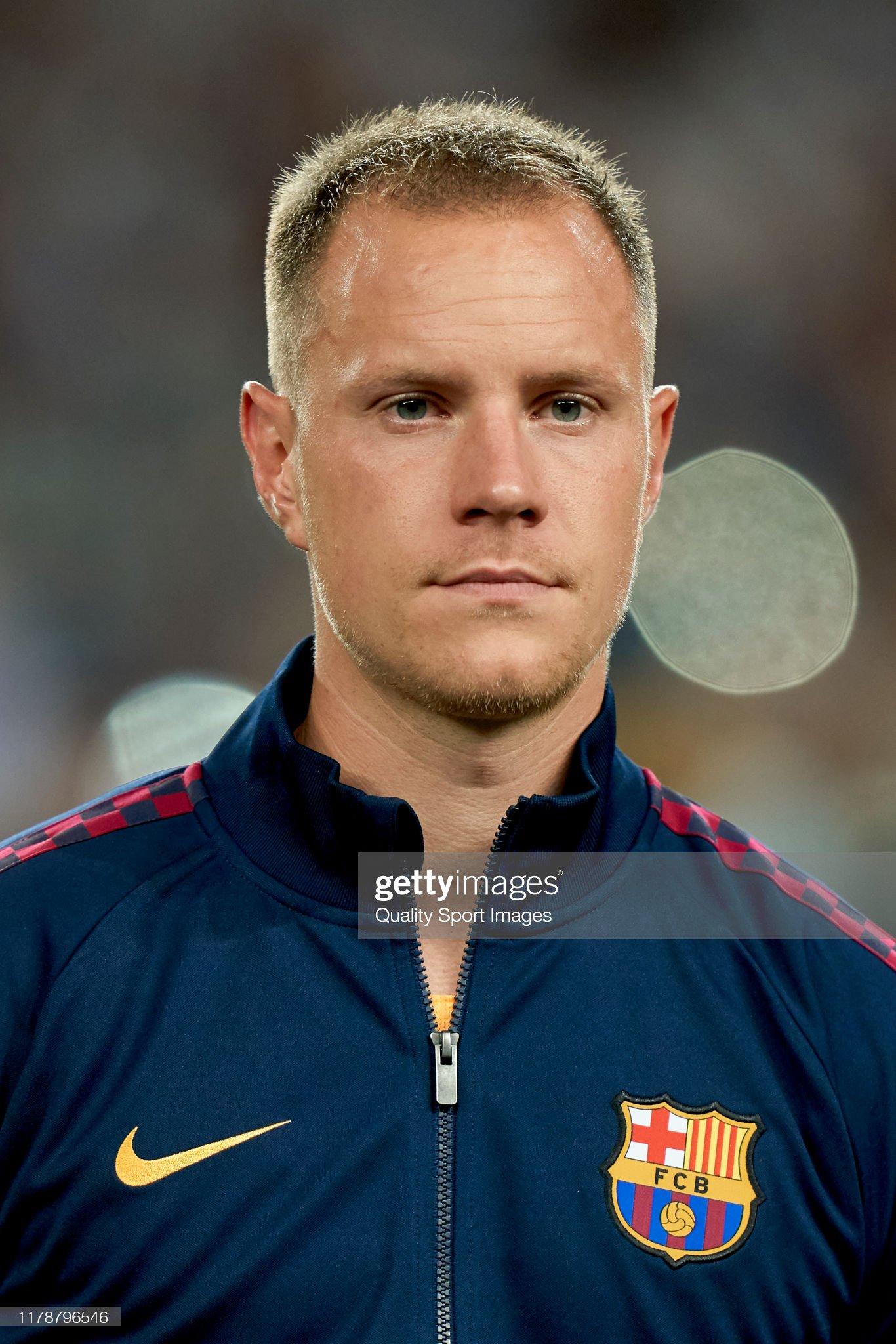 صور مباراة : برشلونة - إنتر 2-1 ( 02-10-2019 )  Marc-andre-ter-stegen-of-fc-barcelona-looks-on-prior-to-the-uefa-f-picture-id1178796546?s=2048x2048