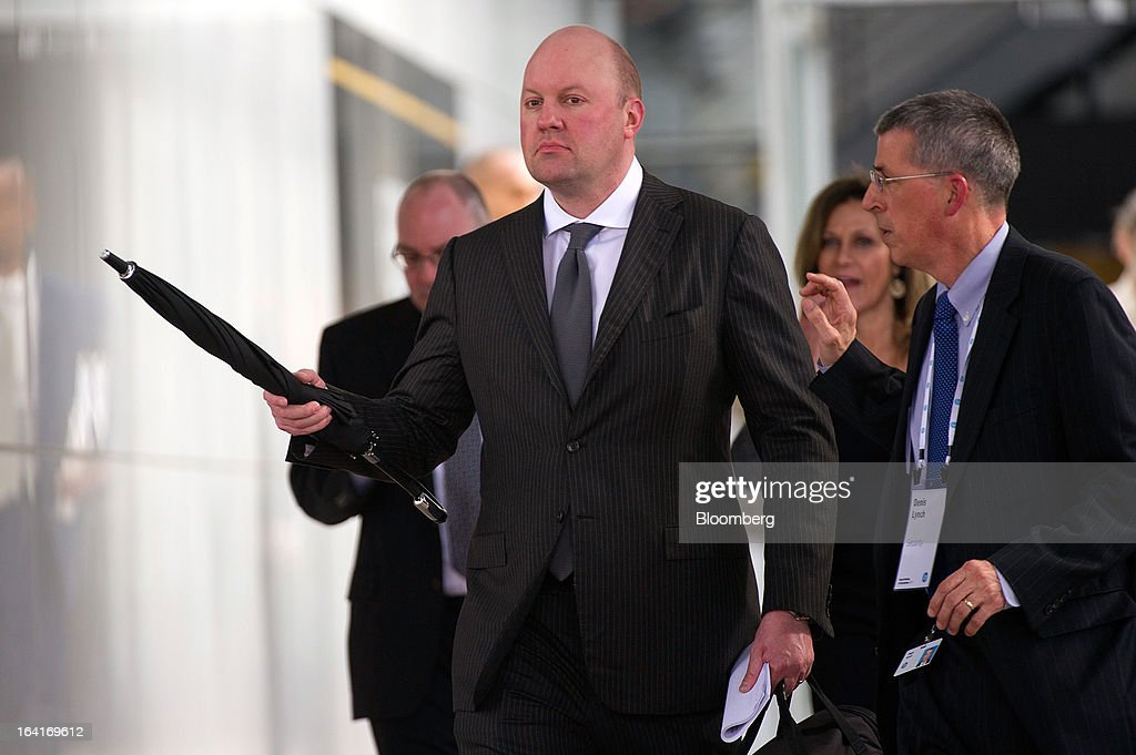 Marc Andreessen, co-founder and general partner of Andreessen Horowitz, center, leaves the Hewlett-Packard Co. annual shareholders meeting in Mountain View, California, U.S., on Wednesday, March 20, 2013. Hewlett-Packard Co. Chairman Ray Lane and two other board members were re-elected in slim majorities in a referendum that demonstrates growing dismay over the company's performance and acquisition of Autonomy Corp. Photographer: David Paul Morris/Bloomberg via Getty Images