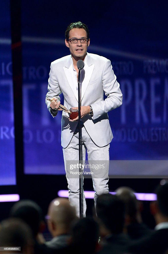 2015 Premios Lo Nuestros Awards - Show : News Photo