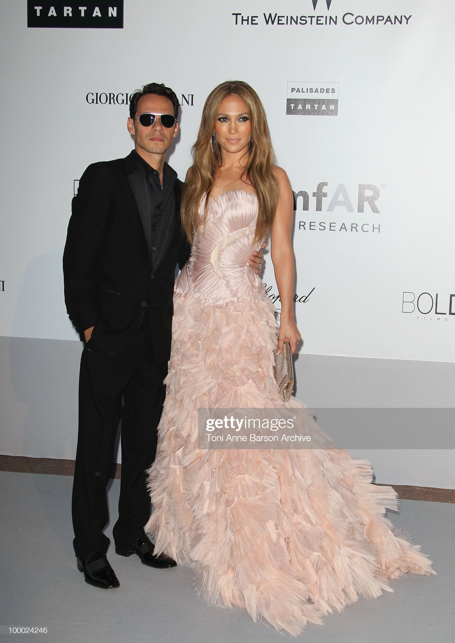 ¿Cuánto mide Marc Anthony? - Altura - Real height Marc-anthony-and-jennifer-lopez-attend-the-amfar-cinema-against-aids-picture-id100024246?s=2048x2048