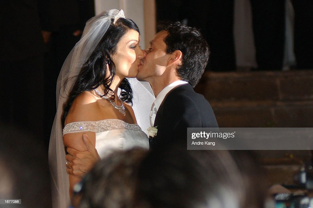 Marc Anthony And Wife Dayanara Torres 1993 Miss Universe Kiss After Leaving The Old