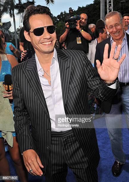 Marc Anthony arrives on the red carpet at the Univision's 2009 Premios Juventud Awards at Bank United Center on July 16 2009 in Coral Gables Florida