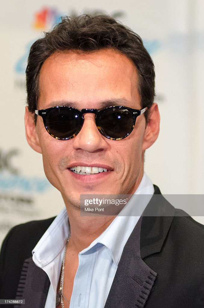 Marc anthony fan meet and greet photos and images getty images marc anthony attends the marc anthony fan meet and greet at the nbc experience store on m4hsunfo