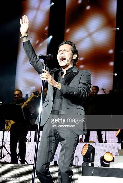 Marc Anthony performs at the Concord Pavilion on September 7, 2014 in Concord, California.