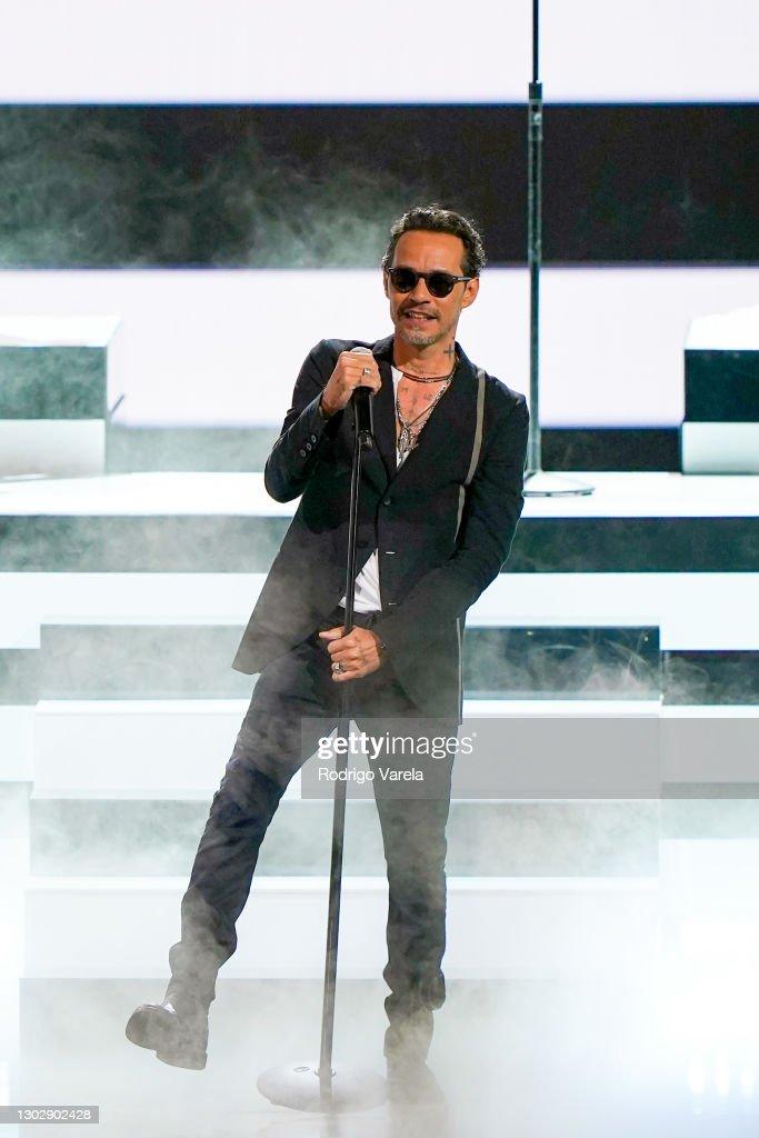 Univision's 33rd Edition of Premio Lo Nuestro a la Música Latina - Show : ニュース写真