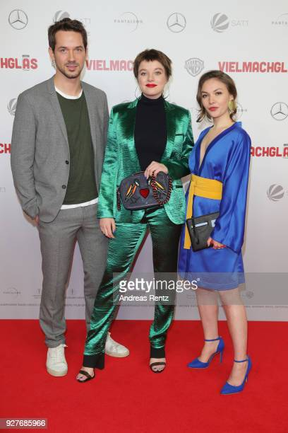 Marc Benjamin, Jella Haase and Emma Drogunova attend the premiere of 'Vielmachglas' at Cinedom on March 5, 2018 in Cologne, Germany.