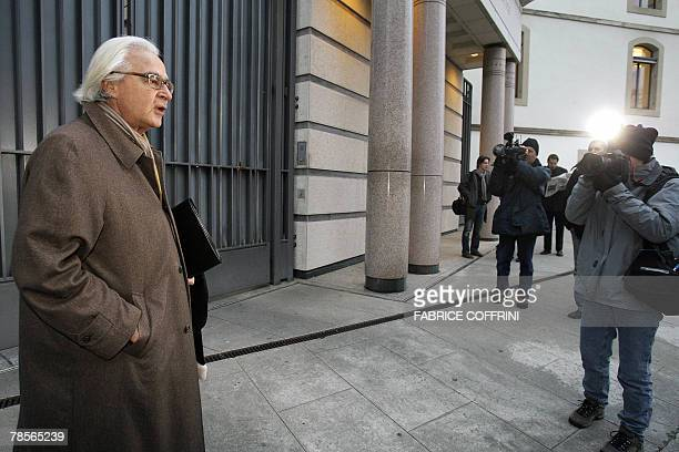 Marc Bonnant lawyer of the Stern family arrives prior to a public hearing 19 December 2007 at the Geneva's Law Court of Cecile Brossard who confessed...